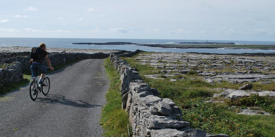 cycling-near-achill-island-wild-atlantic-way-ireland-ways
