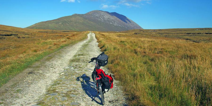 cycling-in-connemara-ireland-wa