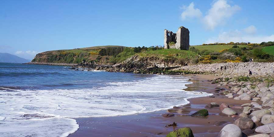 coastal-hikes-ireland-the-dingle-way-travel