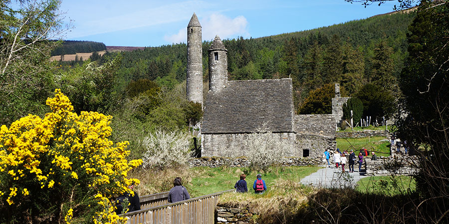 glendalough-monastic-site-wicklow-way-hiking-irelandways