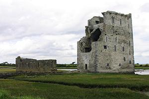 Carrigafoyle-Castle-Ireland-Wild-Atlantic-Way-Ireland-Ways