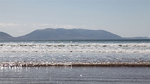Inch-Beach-Sammys-Bar-kerry-Camino