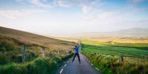 road-visit-ireland-irelandways