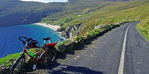 keem-bay-cycling-wild-atlantic-way-ireland-ways