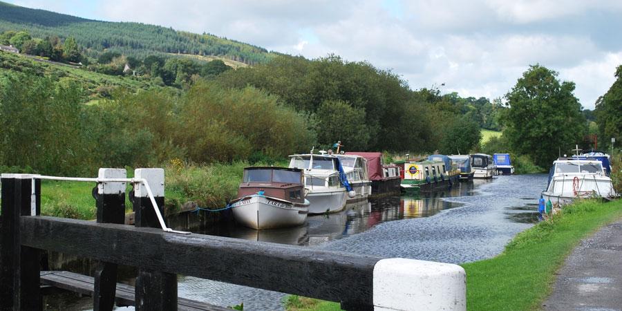 lock-river-barrow-way-hiking-ireland-ways