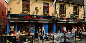quays-pub-galway-wild-atlantic-way-ireland-ways