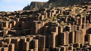 steps-giants-causeway-day-tour-ireland-ways