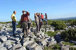 volunteer-wardens-the-burren-way-hiking-in-ireland