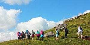walking-guided-tour-ireland-ways