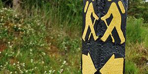 walking-holiday-ireland-ways-sign
